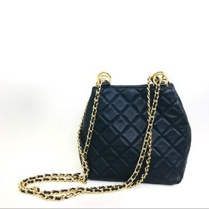 GIANI BERNINI Black Leather Quilted Chain Purse